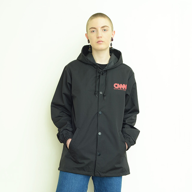 CNNN hooded coach Jacket/white/red