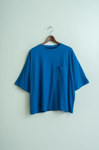 crepe pocket T-shirt/blue