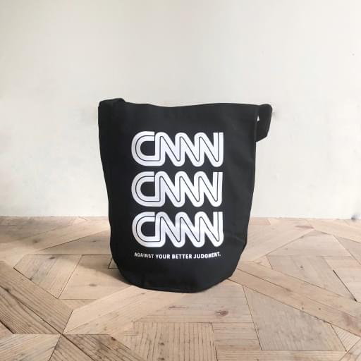 CNNN canvas one-shoulder bag/black/white