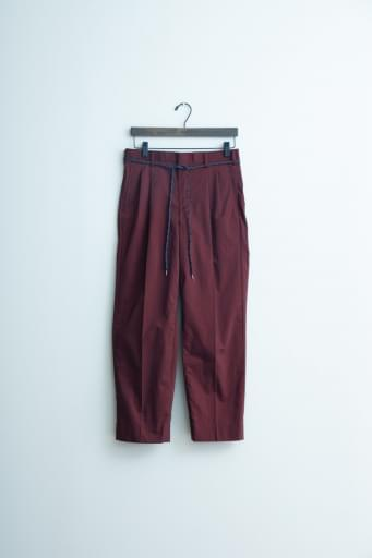 nylon chambray two-tuck tapered pants/bordeaux